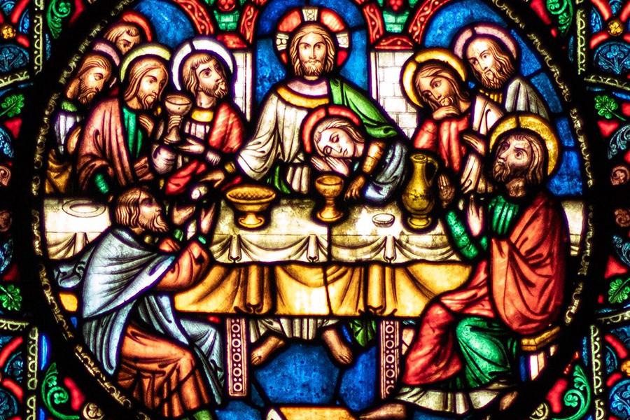 Radio diffusant la Religion au Québec